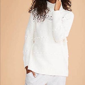 Lou and Grey NWT Turtleneck Sweater Size Medium